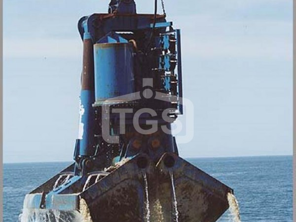 Electro Hydraulic Digging/ Dredging Clamshell Grabs